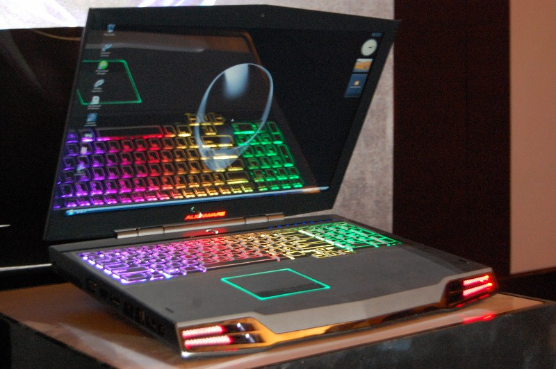 dell launches alienware m17x gaming laptop in india. Black Bedroom Furniture Sets. Home Design Ideas