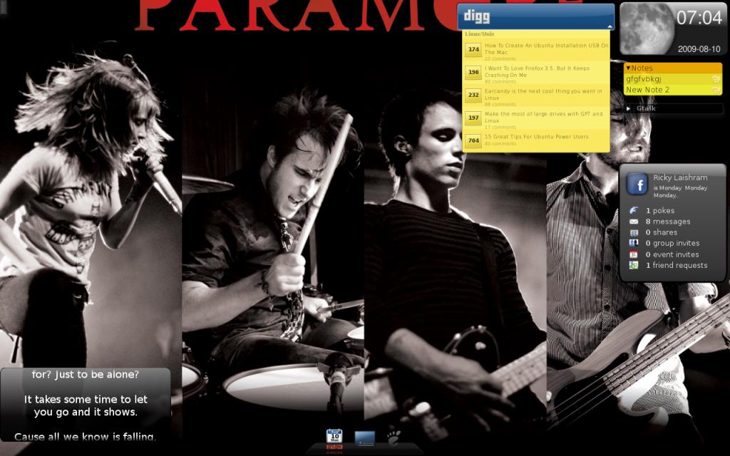 Screenshot of a desktop with screenlets