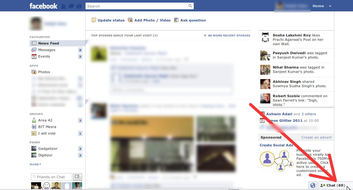 Click the Chat tab (marked by the red arrow) to enable the live-feed sidebar on Facebook